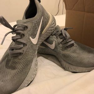 Nike Elic React Size 7.5